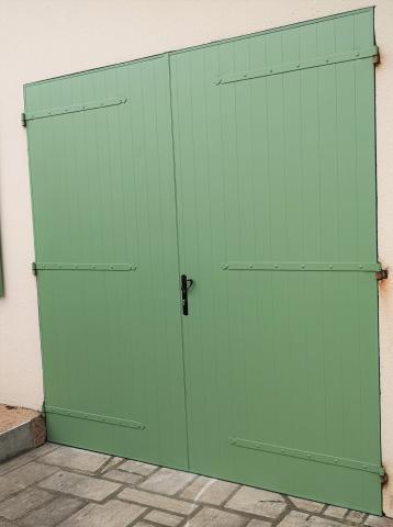 Kaovia - porte de garage aspect bois