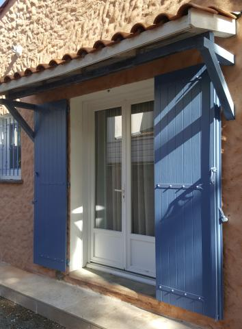 Kaovia - volet aspect bois bleu